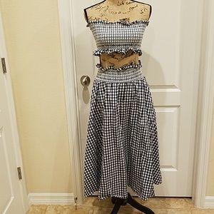Cute two piece skirt set